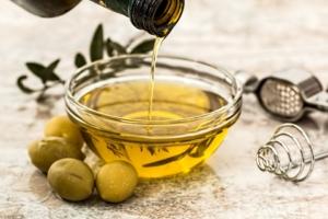 Olivenöl ist ein gesundes Speiseöl