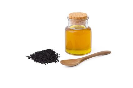 frisch gepresstes Schwarzkümmelöl